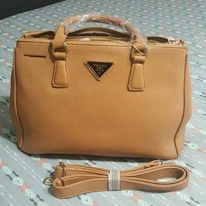 Beautiful bag in brown
